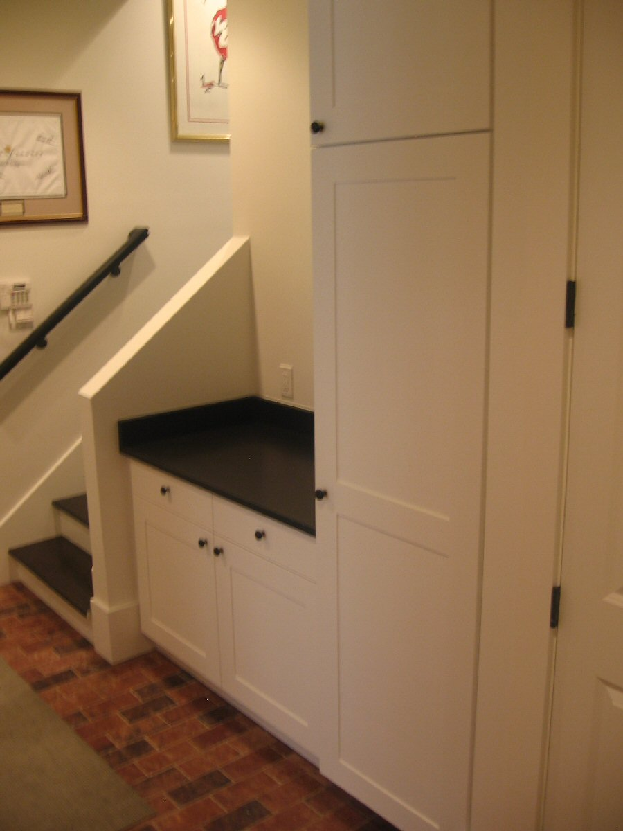 free woodworking plans curio cabinets | Easy Woodworking Solutions